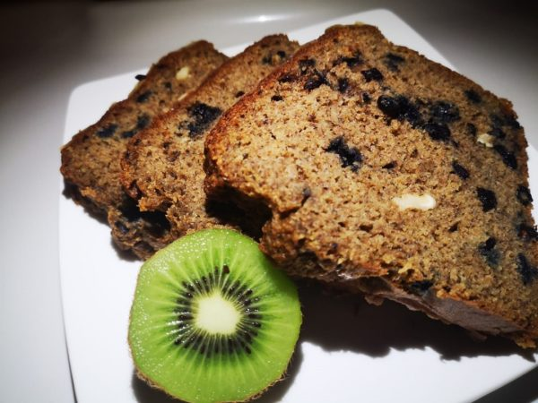 Blueberry & walnuts banana bread